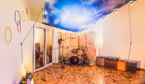 live-room-sky-long
