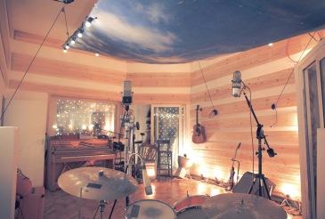 Behind drums good