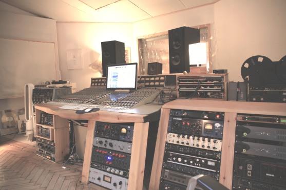 Control room side 2