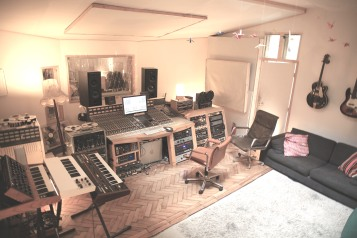 Control room high
